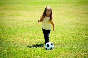 10 dicas para criar uma menina segura