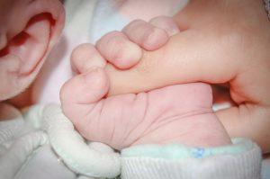 Molde de silicone: Nova proposta para correção de orelhas de abano logo após nascimento