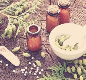 A homeopatia é um sistema de tratamento auxiliar, logo pode ser utilizada com outros métodos