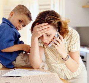 Com a mudança da rotina em função da pandemia de COVID-19 o estresse é a principal queixa das mulheres durante o período