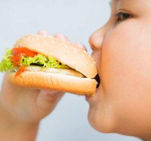 Nenhum país com taxas de sobrepeso inferior a 40% ostentou níveis altosde mortalidade do novo coronavírus